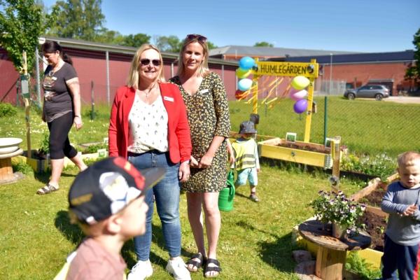 Foto på Pia Carlström, rektor och Rebecca Jeppssson, förskollärare.