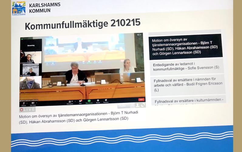 Skärmavbild från kommunfullmäktiges digitala sammanträde.